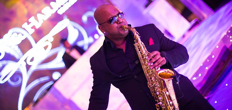 sax player entertainmentfor wevem
